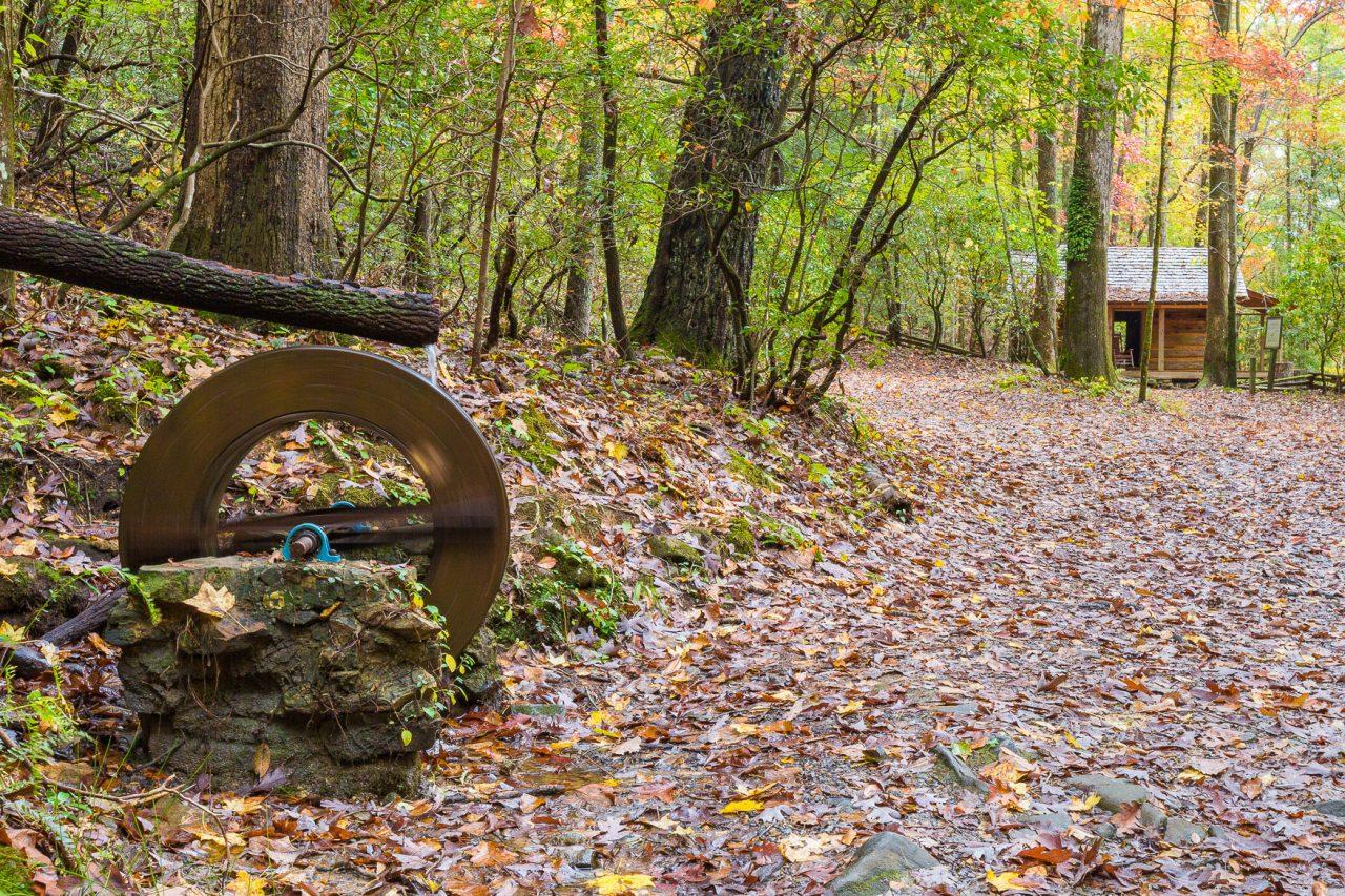 Cabin and water wheel big canoe for Big canoe lodge